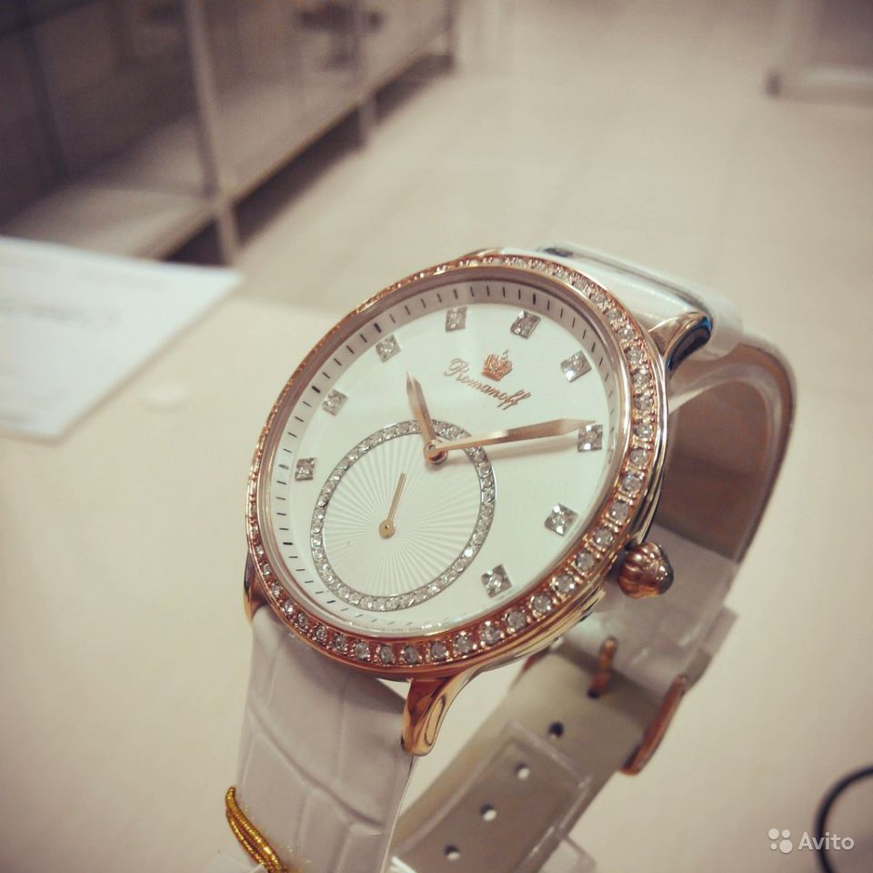 Часы romanoff женские инкрустация