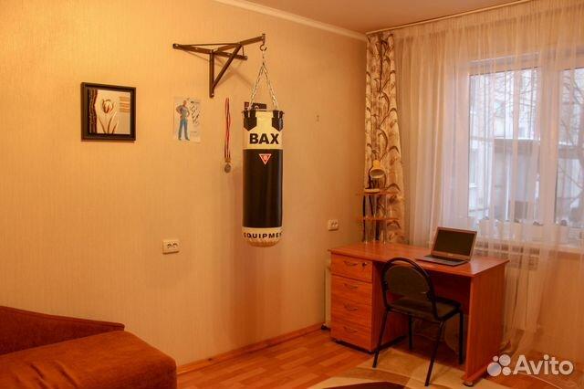 Продается четырехкомнатная квартира за 3 600 000 рублей. Курск, улица Серёгина, 30.