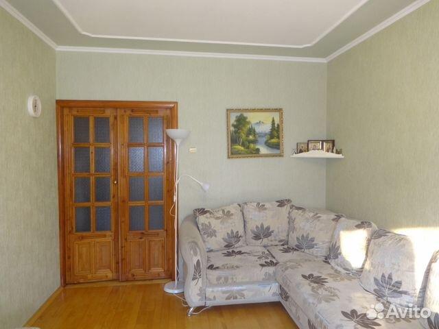 Продается трехкомнатная квартира за 2 990 000 рублей. г Курск, ул Хуторская, д 16А.