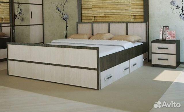 Двуспальная кровать с выдвижными