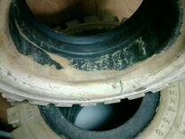 Цельнолитая шина на погрузчик