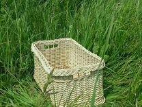 Плетеный ящик из ивы