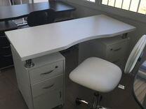 Маникюрный стол двухтумбовый