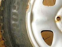 Резина зимняя шипованная с дисками, 195/65 R15 — Запчасти и аксессуары в Белгороде