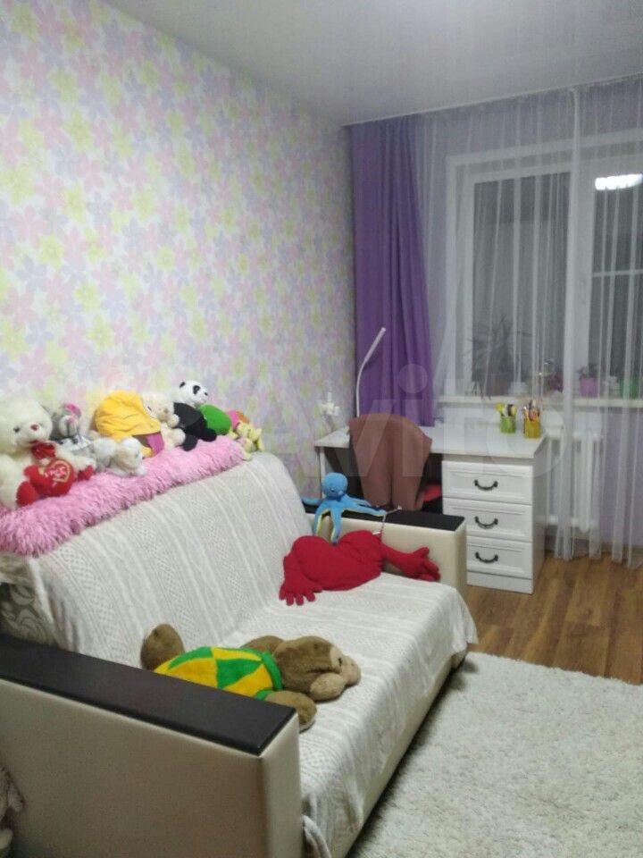 2-room apartment, 45 m2, 2/5 floor.  89016452332 buy 3